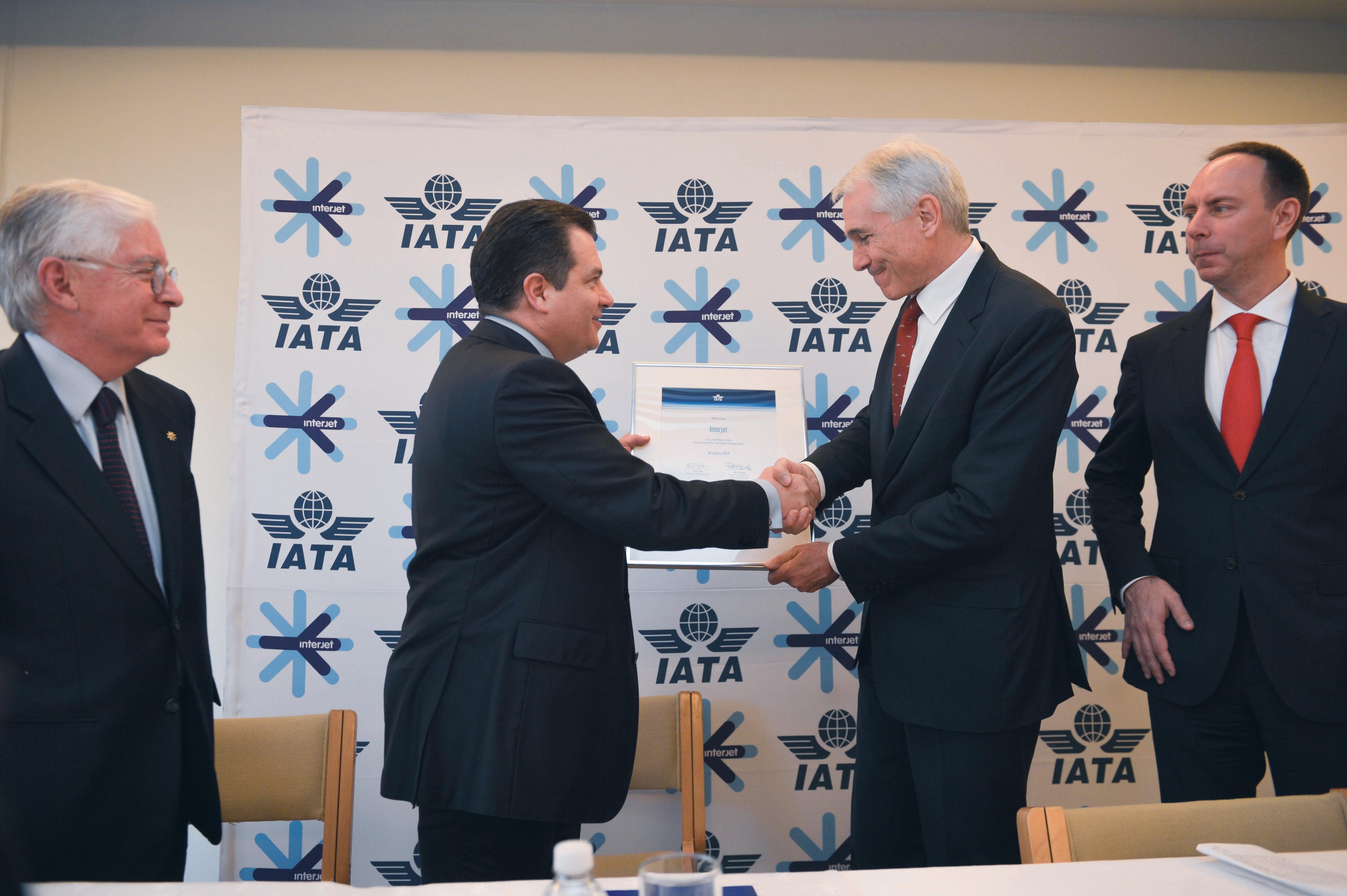 Interjet se afilia a IATA