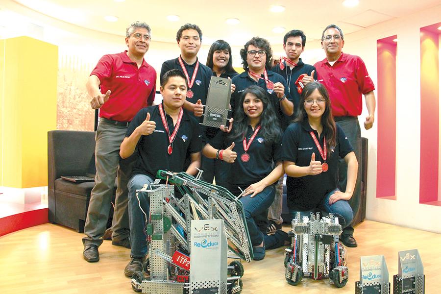 Ganan torneo de robótica en Ecuador
