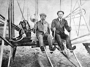 1903Los hermanos Wright fueron los primeros en realizar un vuelo en avión controlado.