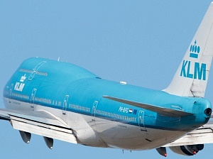 1919Surgen las primeras compañías aéreas (KLM y Avianca).