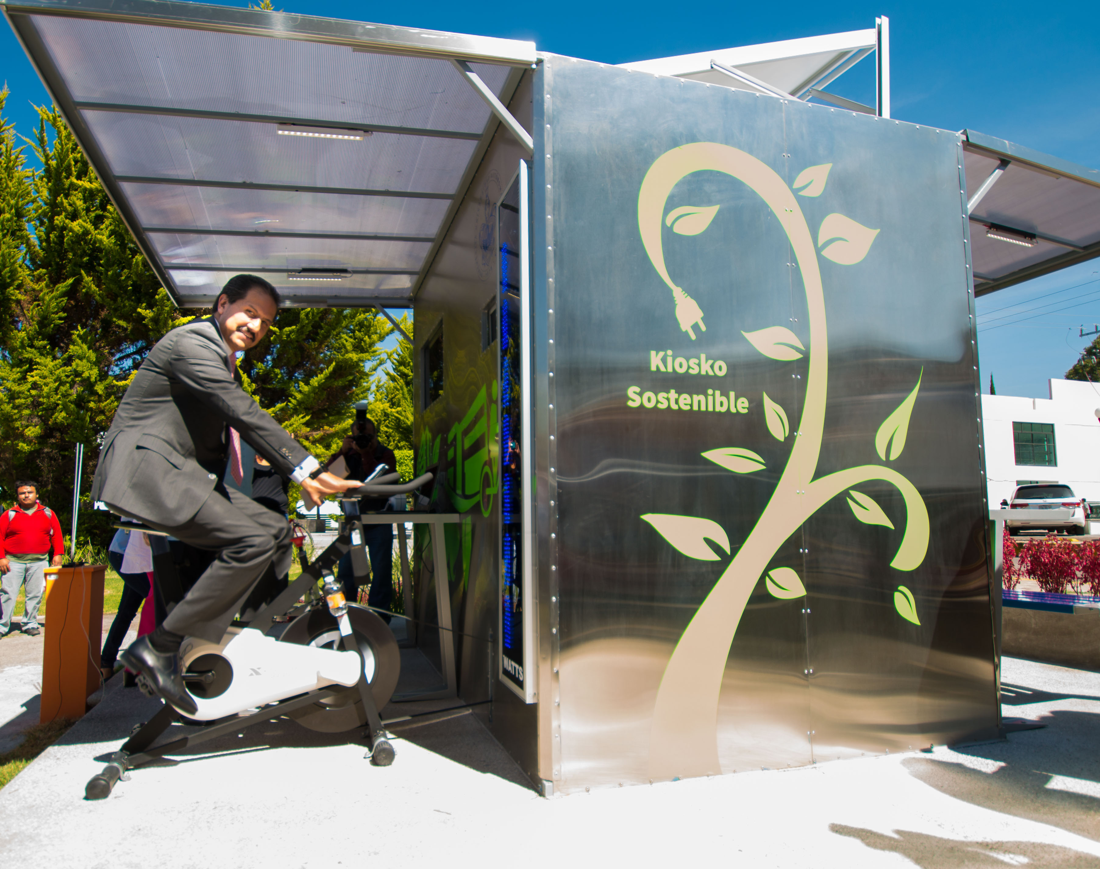 La BUAP crea centro de recarga sostenible