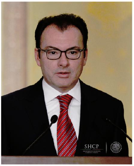 Secretario de Economía presenta paquete económico para 2016