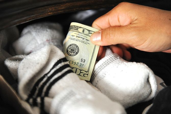 670px-Hide-money-1-1