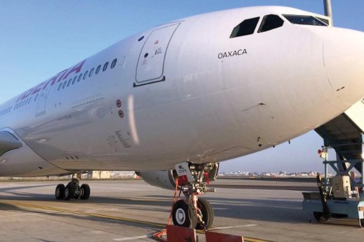 Avión de Iberia llamado Oaxaca