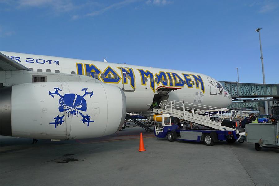 IRON MAIDEN BOEING 747 400