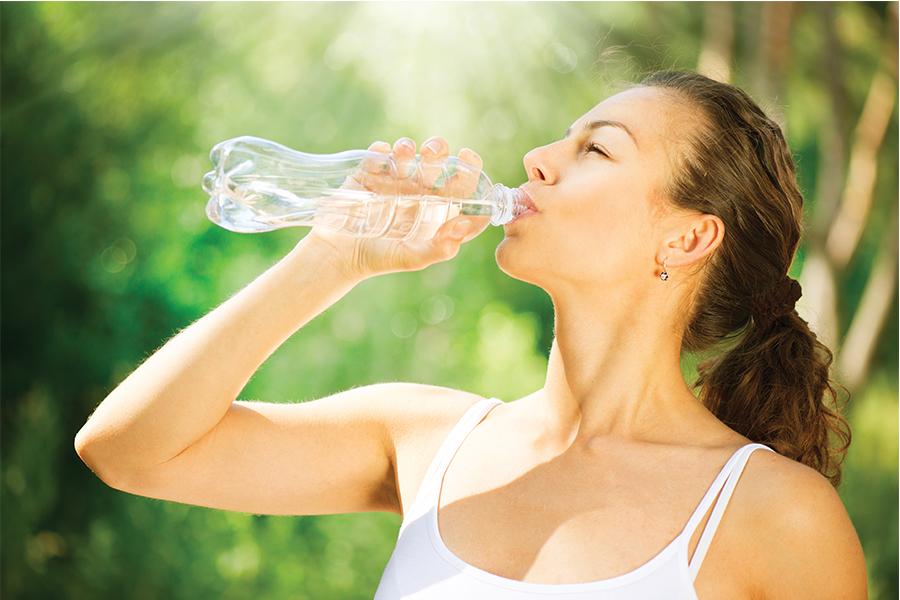 Tomar agua favorece al corazón