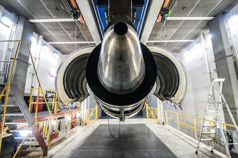 engine-test-cell-17.jpg-Foto-rogier