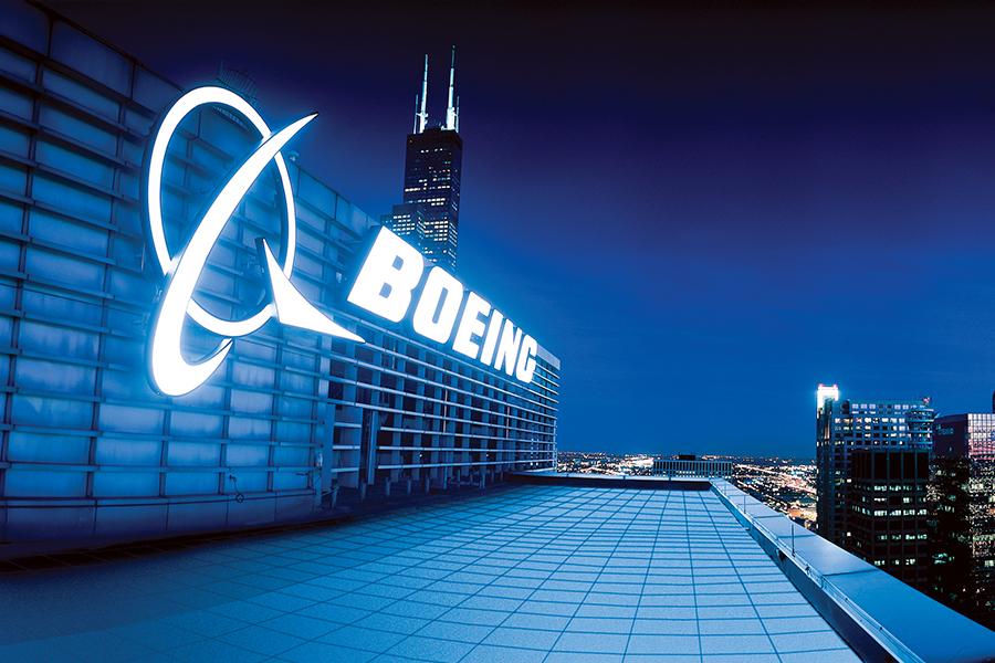 Boeing celebra 100 años en México