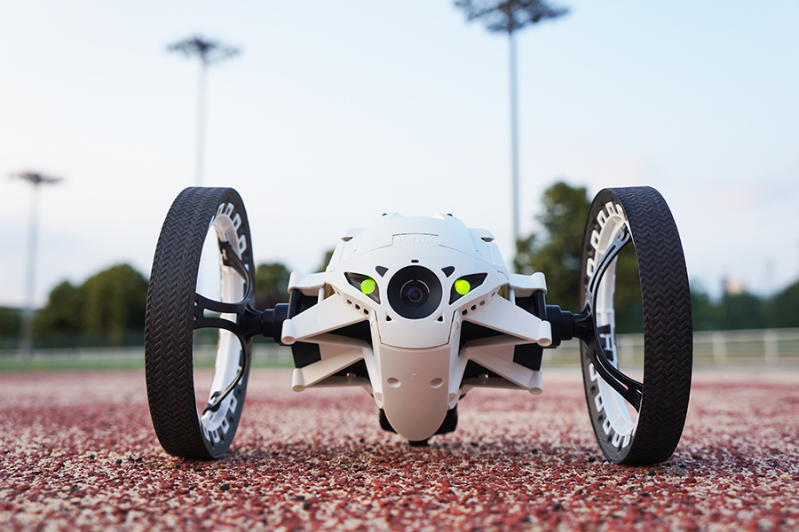 jet news drone parrot Jumping Sumo