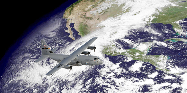 Avión caza huracanes en México