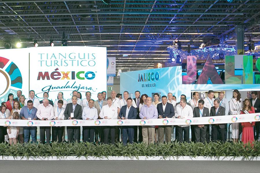 Rompe récords de participación Tianguis Turístico 2016
