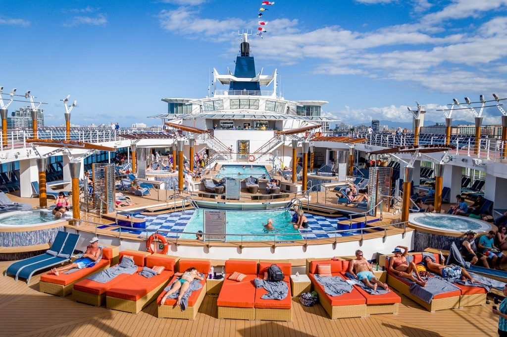 Celebrity-Summit-cruise-pool-deck-1