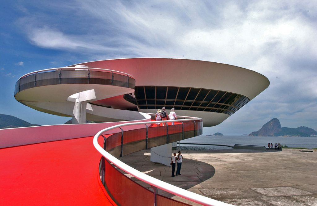 "The Museum of Modern Art projected by the Brazilian architect, Oscar Niemeyer in Niteroi, Brazil on Thursday, February 1, 2007. The city of Niteroi, across the Guanabara bay from Rio, is building Niemeyer's most extensive project since Brazil's futuristic capital, Brasilia, which he and friend Lucio Costa built in the late 1950s. Ten buildings, including a Catholic cathedral and Baptist church, a theater and the Niemeyer Foundation building, will form part of the ""Caminho Niemeyer"" (Niemeyer Way) in Niteroi. Niemeyer's Contemporary Art Museum opened there in 1996, one of hundreds of his buildings scattered around the world, from New York to Paris and Algiers. Niemeyer was one of the creators of the United Nations Secretariat building in New York. Among his latest works is the eye-shaped New Museum in Curitiba in southern Brazil. One of his most popular buildings, the Museum of Contemporary Art in the city of Niteroi, across Guanabara Bay from Rio, is a giant, white disc seemingly floating above ocean waters, which was completed in 1996. The Popular Theatre Oscar Niemeyer has been inaugurated in Niteroi on April 5, 2007. The event marked the beginning of the commemorations for the architect's 100th birthday to be celebrated on December 15 with the delivery of the Museum and the Niemeyer Oscar Foundation."