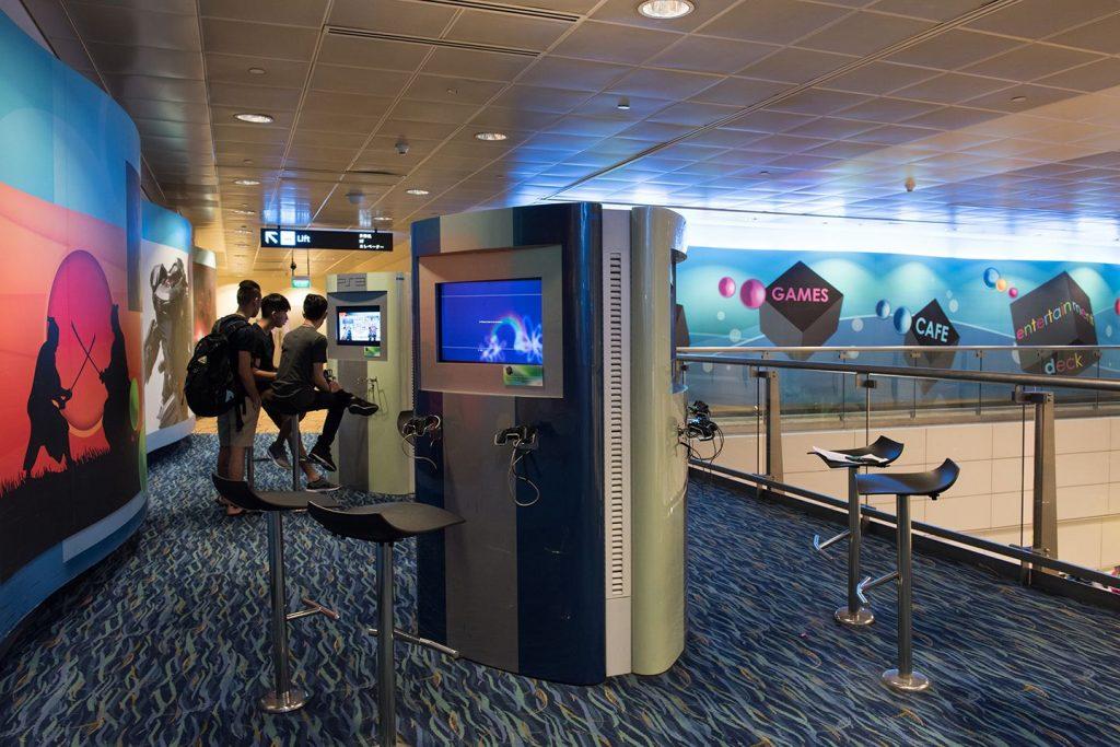 SINGAPORE CHANGI INTERNATIONAL AIRPORT 4