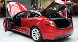 Tesla Motors es el Hotel Courtyard by Marriot