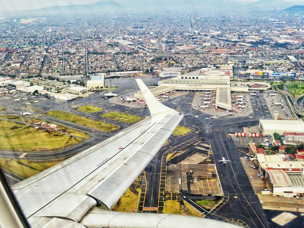 aeropuerto_internacional_de_la_ciudad_de_mexico_01