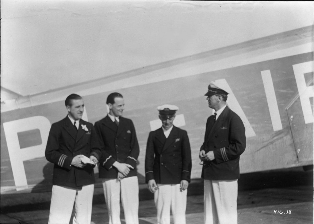 klm1933-crew-pelikaan-in-tropenuniform