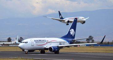 Aeromexico detiene dos vuelos debido a un roce de alas