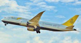 El primer 787 con una tripulación de mujeres llega a Arabia Saudita