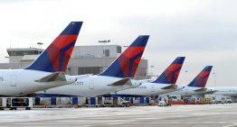 Delta Airlines tiene nueva política en vuelos sobrevendidos