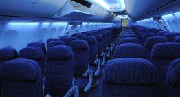 El interior de los aviones es azul por esta razón