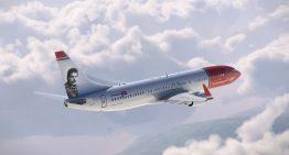Norwegian celebra a Freddie Mercury con dos aviones