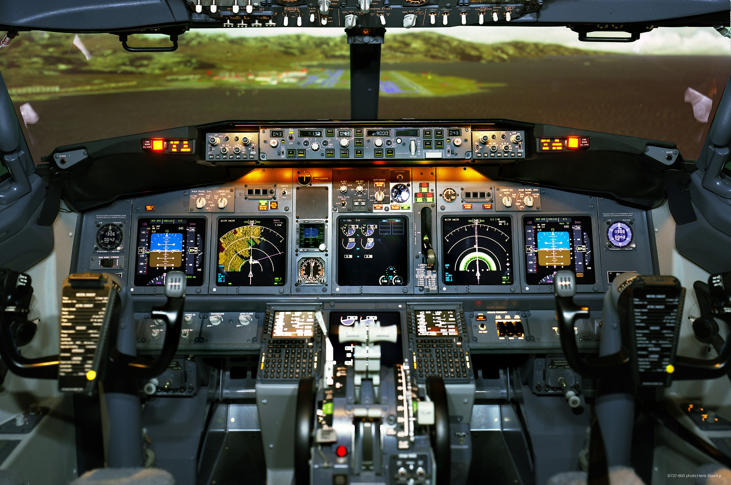 cockpit-simumator.jpg