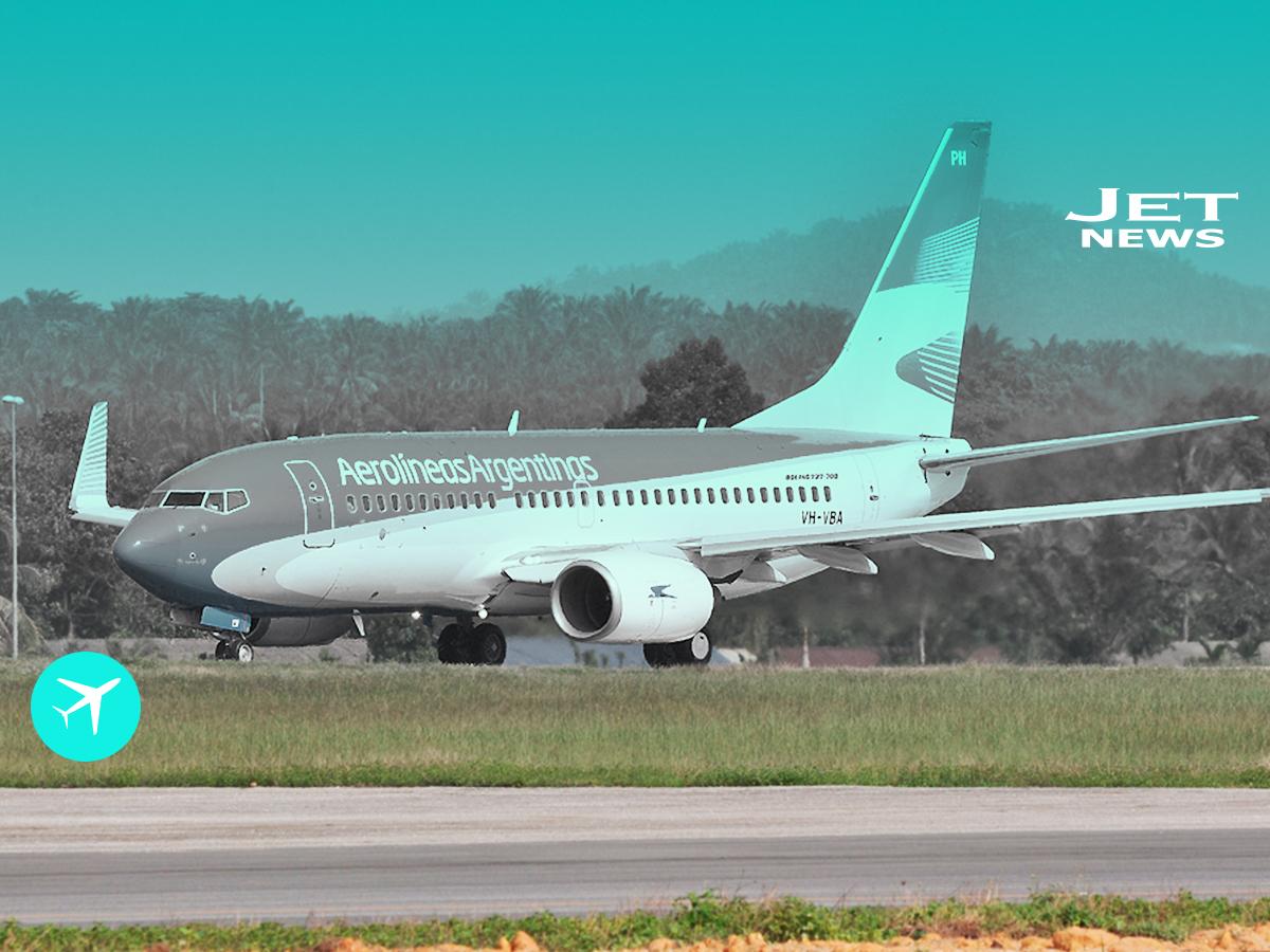 Un Boeing 737 800 llega a Argentina Jet News